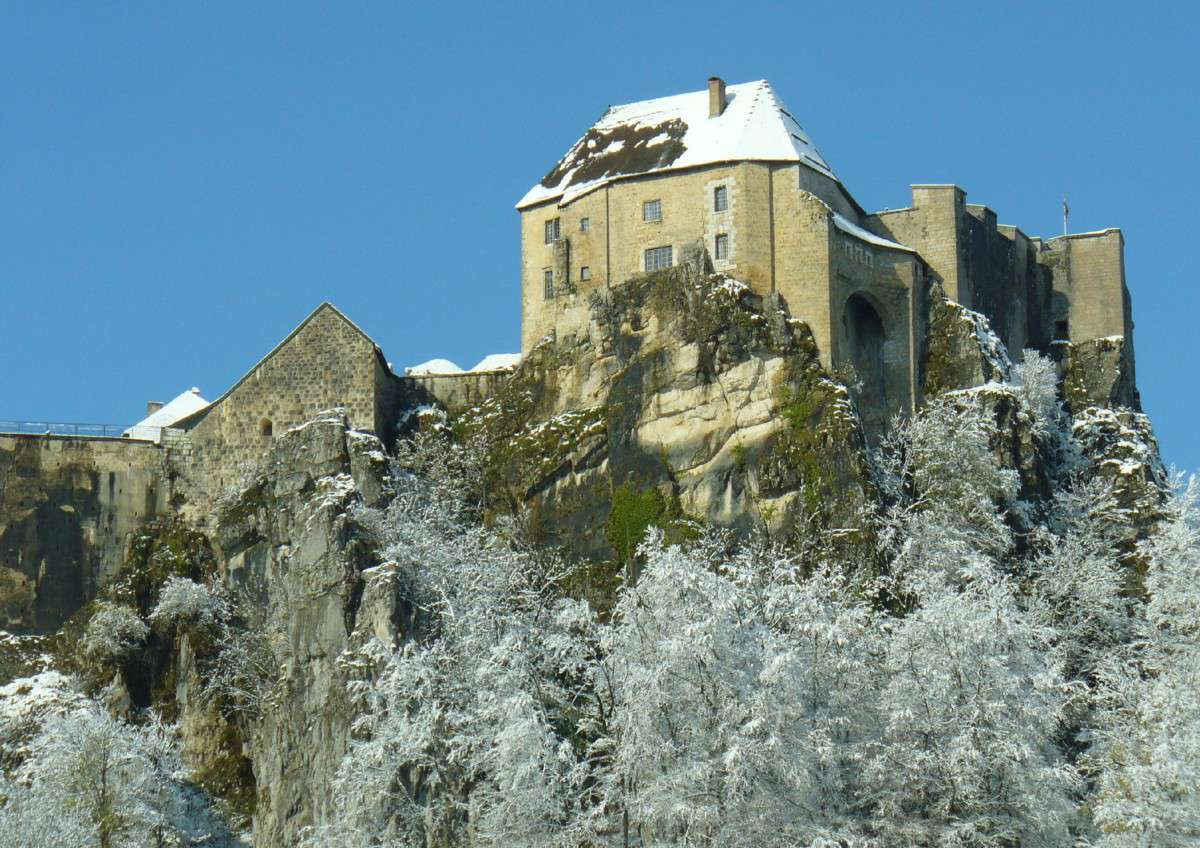 château de joux jura